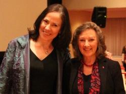 Catherine Plear et Adele Simmons (Crédit photo : Tammy Burns)
