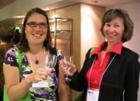 Julie Cochrane et Rita Vanden Heuvel