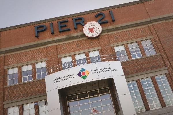 Pier 21 FR